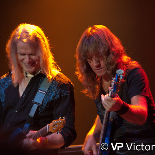 Steve Morse and Dave LaRue (Flying Colors), 013 Poppodium, Tilburg (2012/09/20)